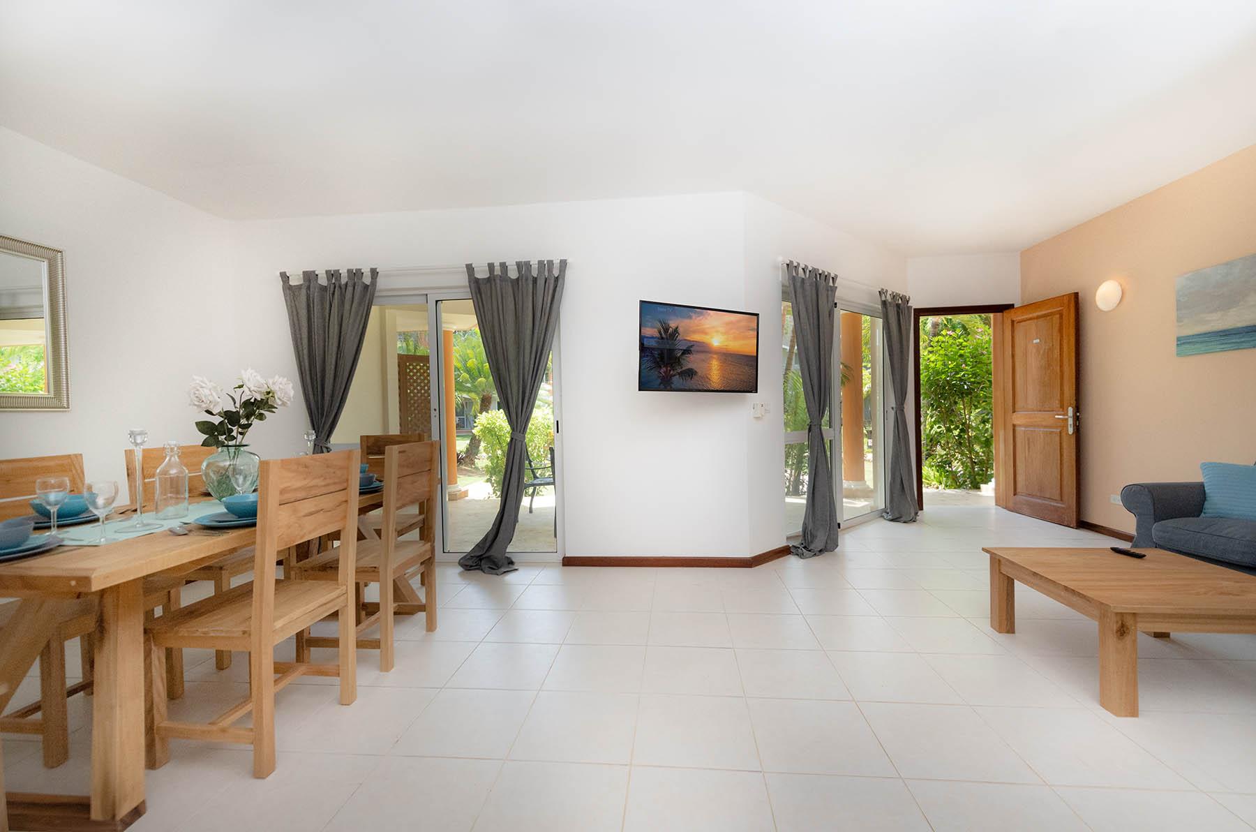 duplex-living-room-2